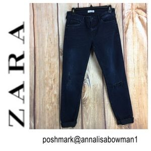 💸Zara Distressed and Faded jean size 8